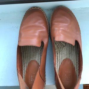 GAP brown leather espadrilles